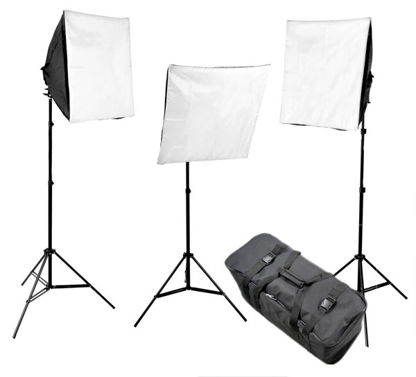 Studio Lighting On A Budget: Essential Video Studio Equipment For Budget Minded Bloggers